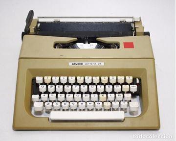 Imagen de Maquina de Escribir OLIVETTI